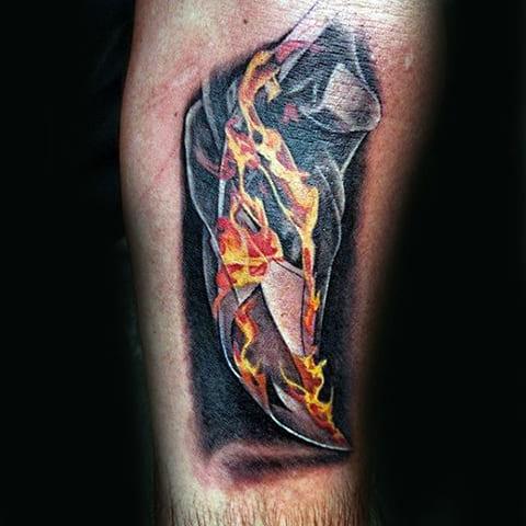 Тату огонь на руке