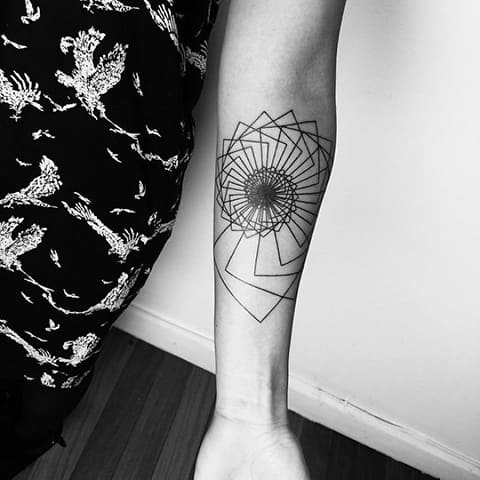 Татуировка лайнворк - фото