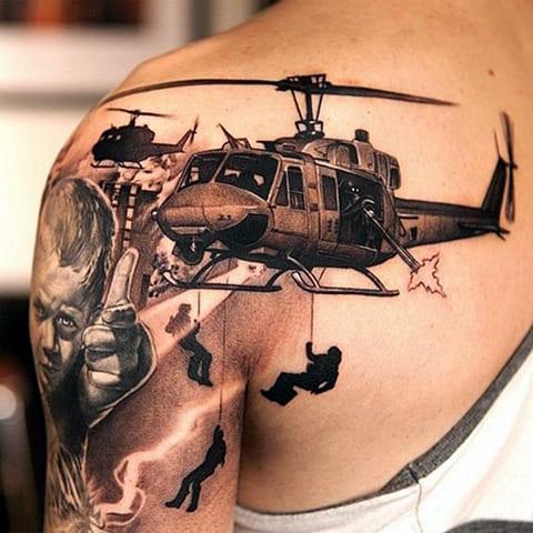 3D татуировка на плече