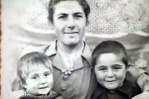 Жена Феликса Калачяна с детьми