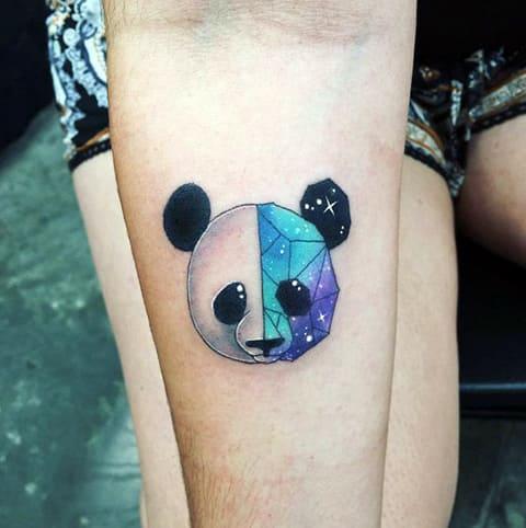 Татуировка оригами на руке