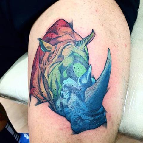 Тату в виде носорога