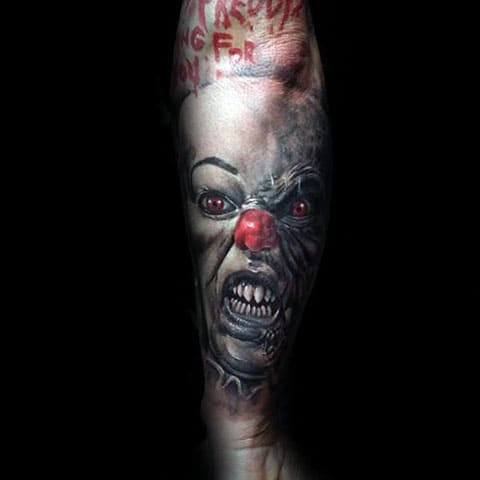 Тату злой клоун