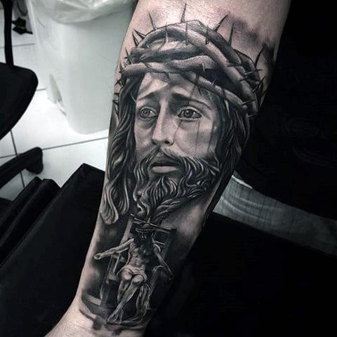 Тату Иисус Христос в терновом венце