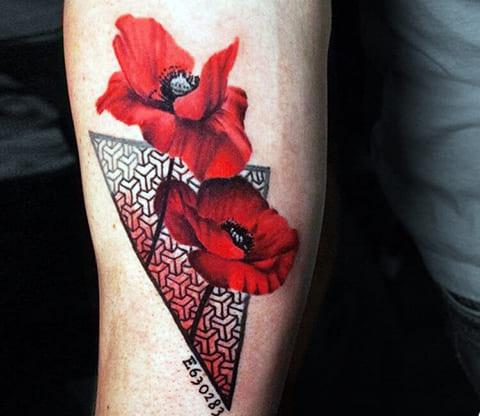 Татуировка мак - фото
