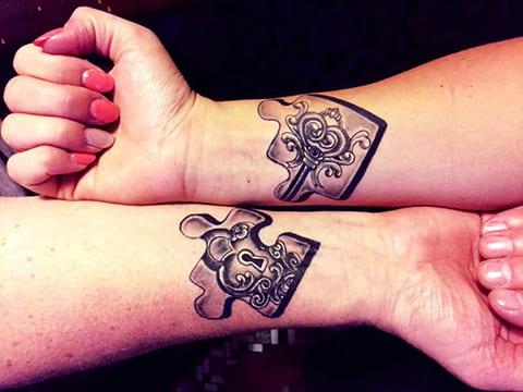 Парная татуировка пазлы