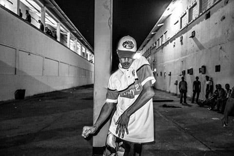 Музыку можно услышать по вечерам и в выходные дни в любом уголке тюрьмы. Хип-хоп и регги самые популярные жанры