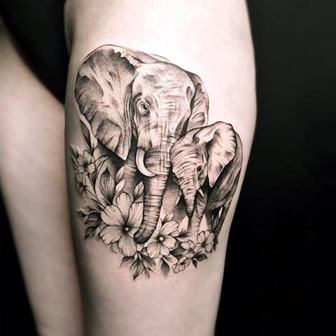 Тату слон и слоненок