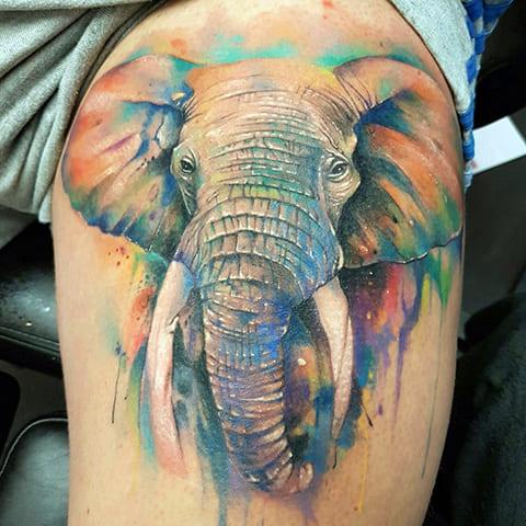 Цветная тату со слоном
