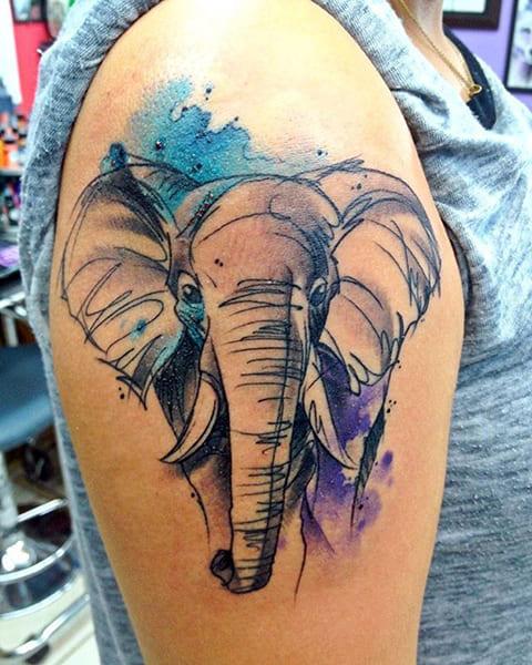 Тату акварель со слоном