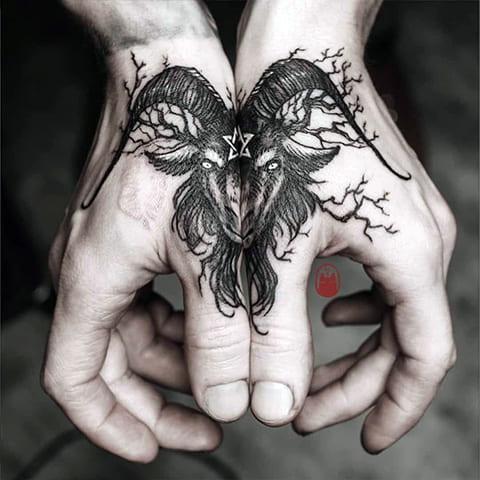 Двойная татуировка Бафомет