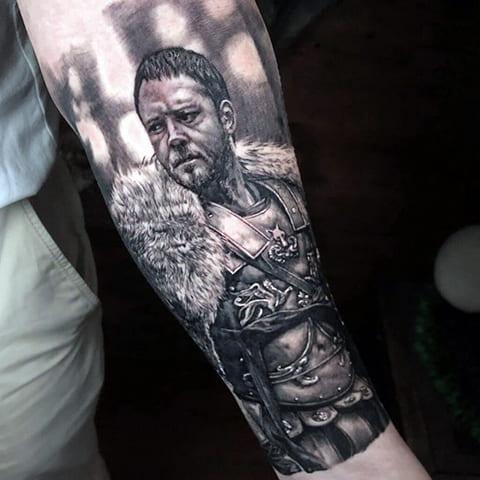 Татуировка с гладиатором из фильма
