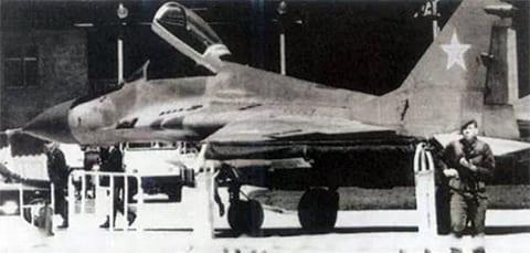 МиГ-29 Зуева под охраной турков