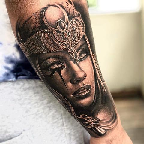 Татуировка с Клеопатрой