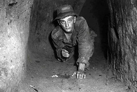 В тоннеле Вьетнама