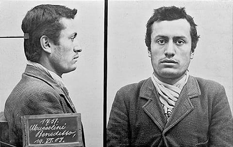 Муссолини после ареста швейцарской полицией в Берне в 1903 году