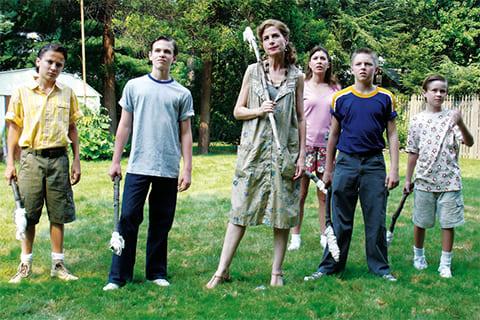 """Кадр из фильма """"Девушка по соседству"""", 2007 года"""