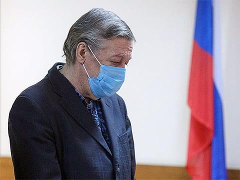 Михаил Ефремов в суде