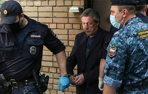 Михаил Ефремов был приговорен к 8 годам колонии