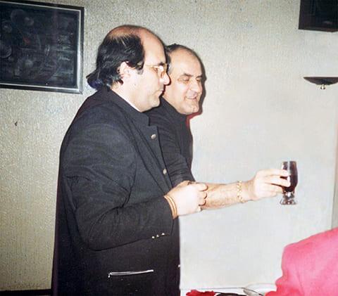 Слева: Кароглы и Анзор Мамедовы
