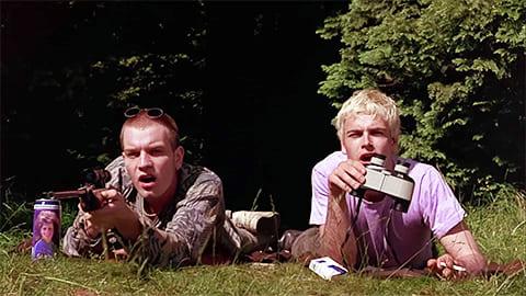 Кадр из фильма «На игле», 1996 года