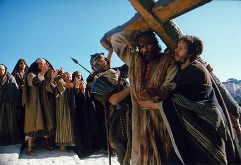 Кадр из фильма «Страсти Христовы» (2004)
