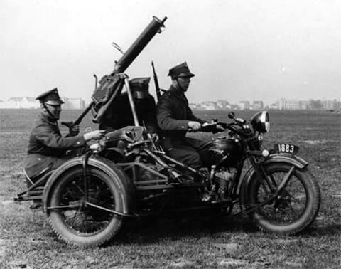 Мотоцикл Ckm wz. 30 с зенитным пулемётом