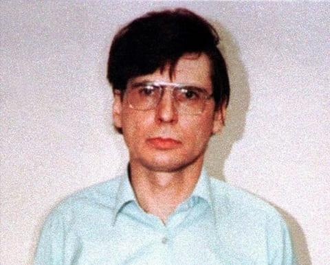 Серийный убийца Деннис Нильсен