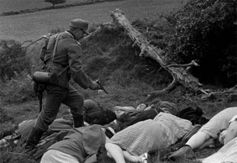 """Кадр из фильма """"Это случилось здесь"""" (1964)"""