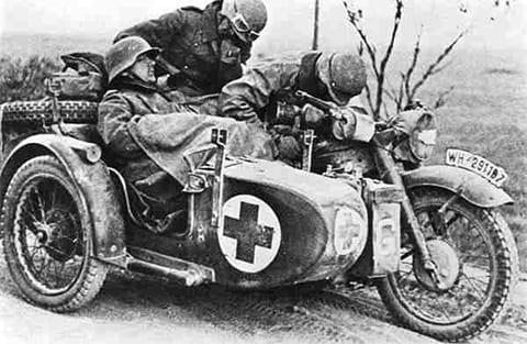 санитарный немецкий мотоцикл r-12