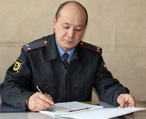 Начальник уголовного розыска сжег задержанного