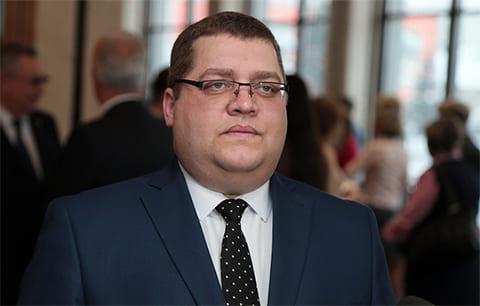Задержан уволившийся с должности глава Октябрьского района Барнаула Андрей Овсянников