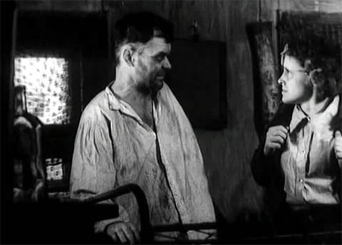 "Кадр из фильма ""Папа, умер Дед Мороз"" (1991)"