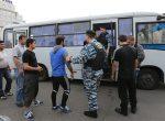 Около 200 мигрантов депортируют из Москвы после массовых драк