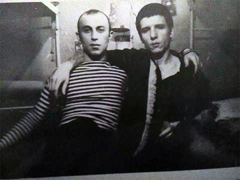Слева воры в законе: Роман Габуния и Олег Банин (Бандит)