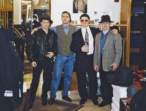 Ореховские на отдыхе в Греции (слева направо):Андрей Пылев (Карлик), Сергей Ананьевский (Культик), Григорий Гусятинский и Сергей Буторин (Ося)