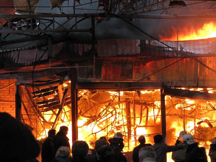 На курорте Алтая сгорел ночной клуб