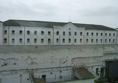 """Тюрьма """"Белый Лебедь"""" в городе Соликамске."""