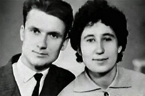 Андрей Чикатило с женой