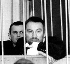 Доровских (Сивый) попросил командира лихих джигитов убрать сразу две авторитетные личности: Вову Армяна и Александра Маслова