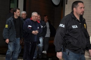 Николас Сантора, тогда капо, взят под стражу в Дир Парк, Лонг-Айденд