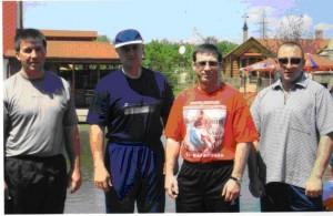 Второй слева Данильченко А.С. (Дед, Данила), третий - Кожухарь Н.И. (Молдаван). Оба - в межгосударственном розыске.