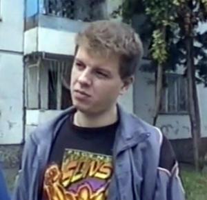 Главарь банды отморозков Сергей Орлов на следственном эксперименте