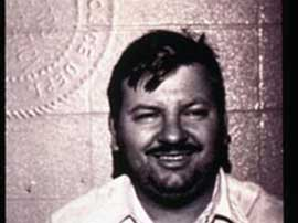 Джон Уэйн Гейси, американский серийный убийца, известный как Клоун - Убийца