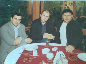 Муслим Хасханов (в центре), Отра Бадалов (справа)