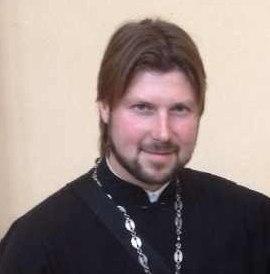Задержан священник Глеб Грозовский, который обвиняется в РФ в педофилии