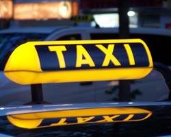 В Минске женщина-водитель такси избила пассажира