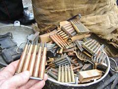 ФСБ пресекла деятельность торговцев оружием