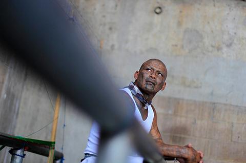 Члены банды MS13 в тюрьме Латинской Америки