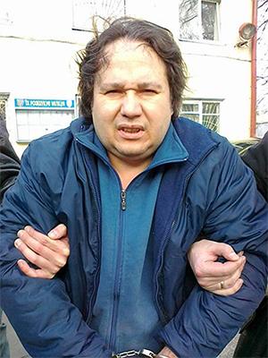 """Лидер ОПГ 29 """"Комплекс"""" Рузаль Асадуллин во время задержания 1 апреля 2012 года"""